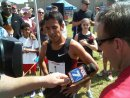 Leo Manzano talks to news after record