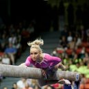 Olympic Champ Nastia Liukin back on the beam