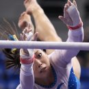 Anna Li on bars at 2012 Visa Championships