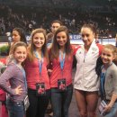 Jordyn Wieber poses for a fan photo