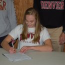 Rachel Fielitz Signs with University of Denver